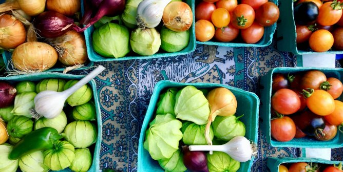How to Eat Vegan if You Live in a Food Desert
