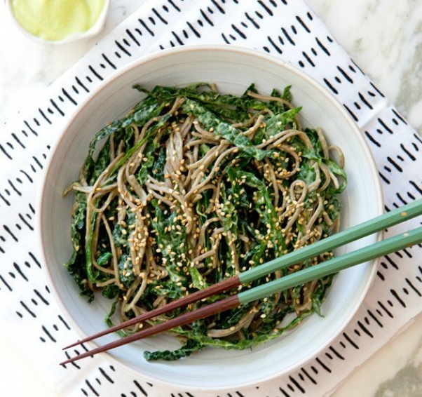 kale_noodle_bowl_a_house_in_the_hills_2