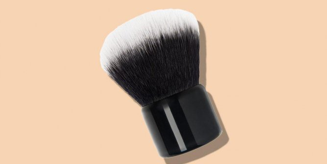 Keep Fur Out of Your Makeup Bag With These Cruelty-Free Brushes