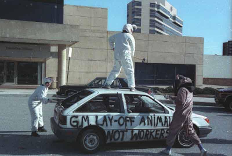 1993 – Car Crash Tests