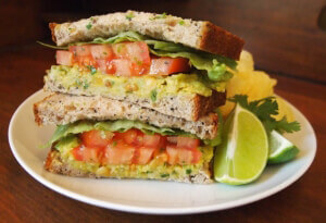 15 Vegan Work Lunches That Take 15 Minutes or Less!