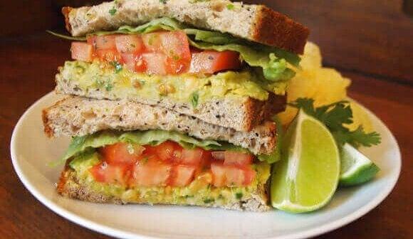 15 Vegan Work Lunches That Take 15 Minutes or Less! | PETA