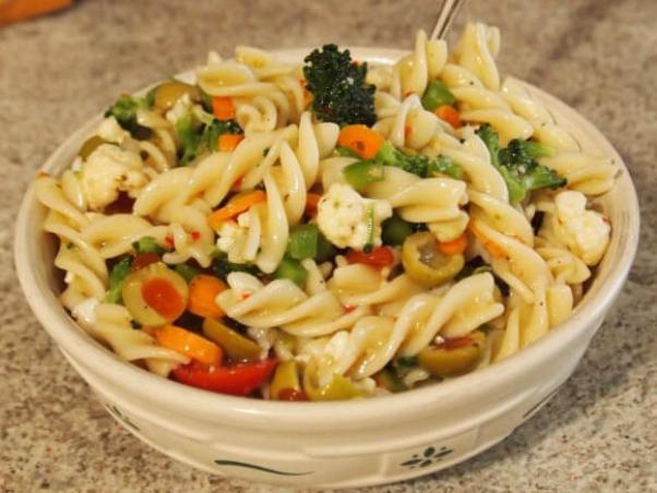 580_2D00_pasta_2D00_salad.jpg