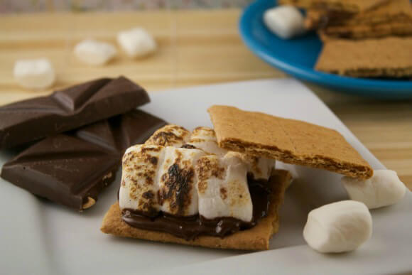 How To Make The Best Vegan S'mores