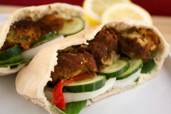 580x387_2D00_falafel-sandwich.jpg