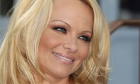 Pamela Anderson Takes the 'Ice Bucket Challenge' … for Animals