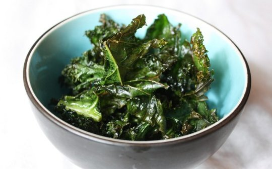Easy Kale Chips (Video)