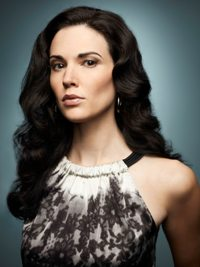 Q&A With Vegetarian Actor Laura Mennell