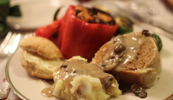 Vegan Holiday Feast (Photos)