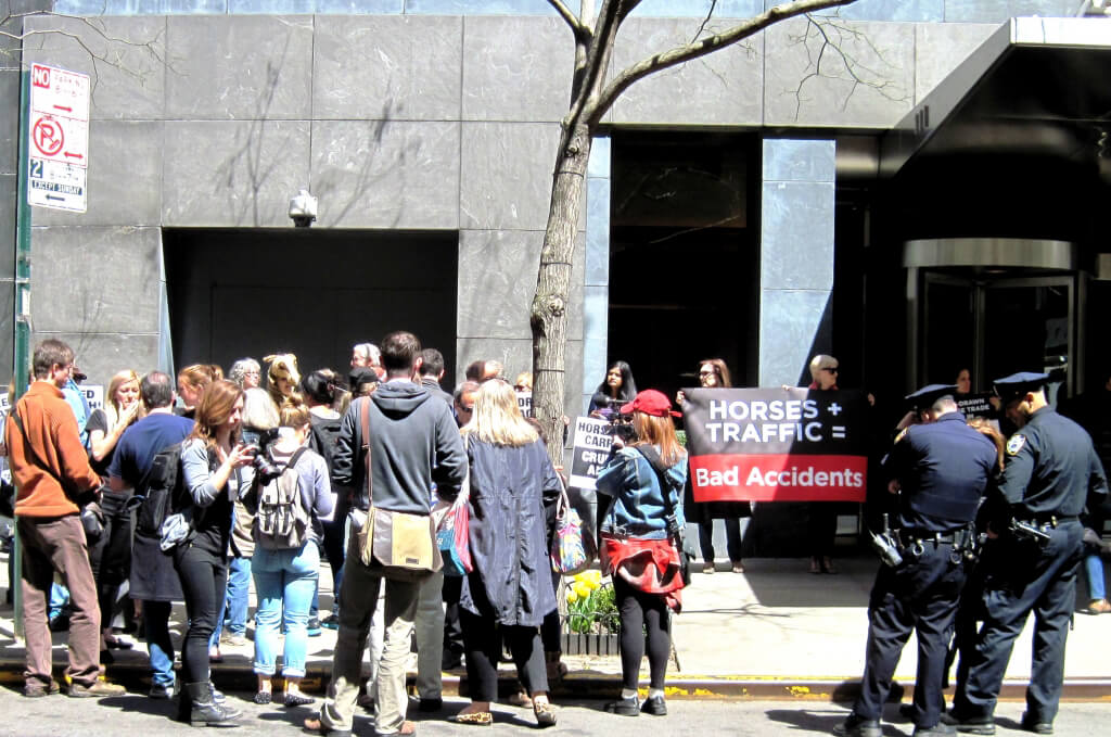 New York Horse-Drawn Carriage Protest in front of Liam Neeson's Apartment (3)