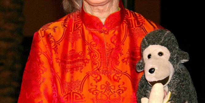 Jane Goodall Asks UPS to Stop Shipping Animal Trophies