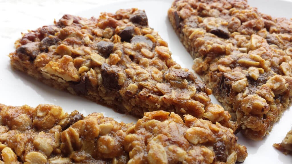 Chocolate Chip Chewy Bars
