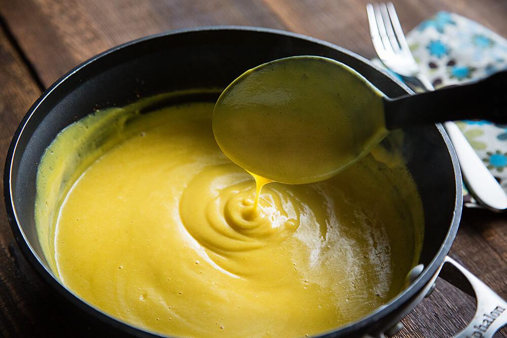 cauliflower-cheese-sauce