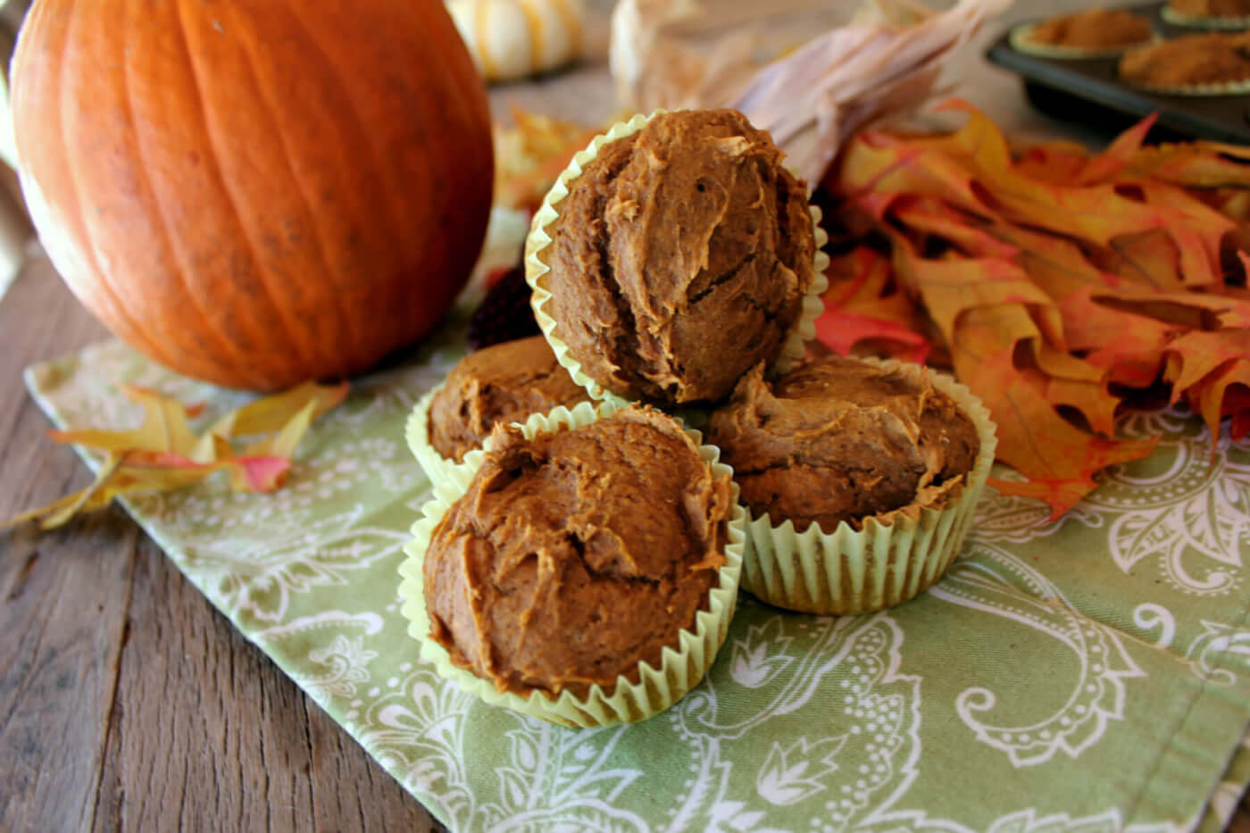 Quick and Easy Two-Ingredient Pumpkin Cupcakes
