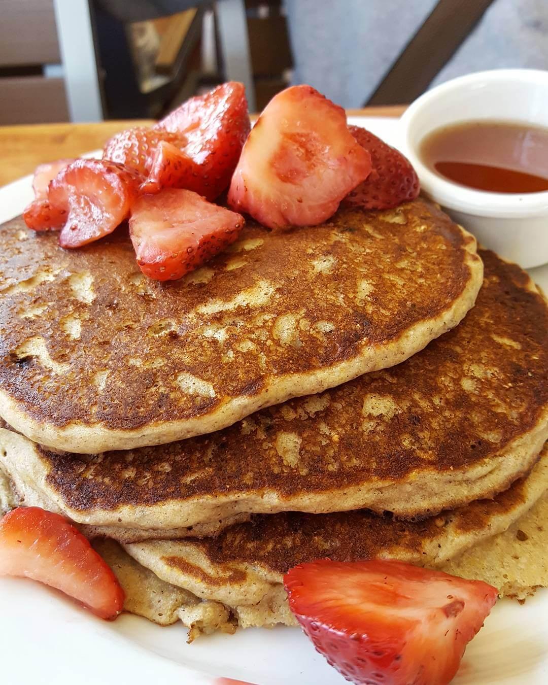 Easy Vegan Pancakes | PETA