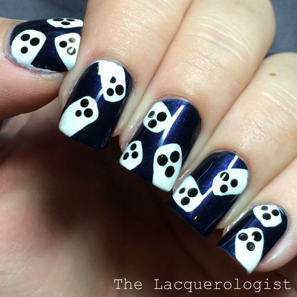 Halloween Nails - Ghosts