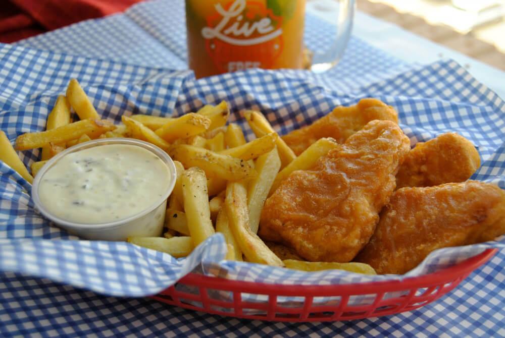 39 fish and chips 39 with vegan tartar sauce peta for Do vegetarians eat fish