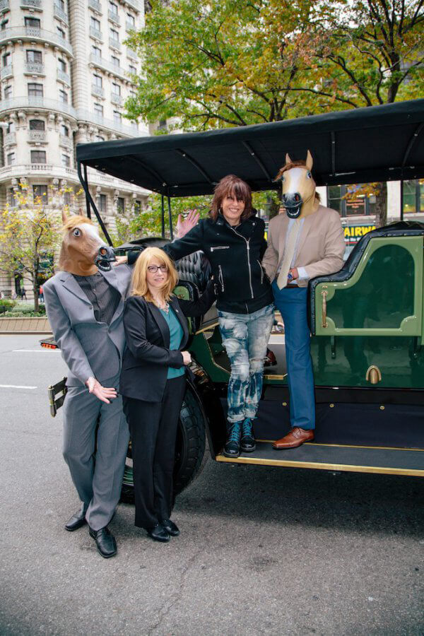 Chrissie Hynde Arrives at NYC Concert in E-Carriage