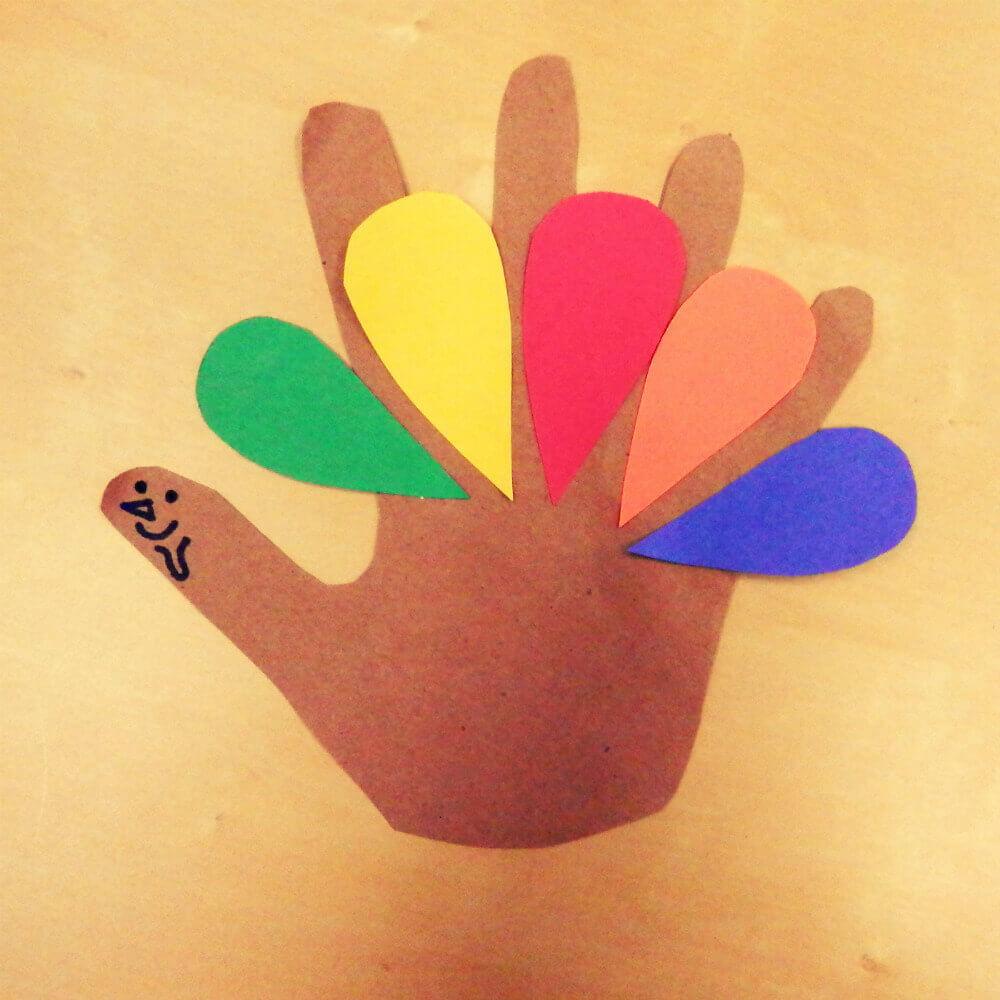 thanksgiving turkey hand