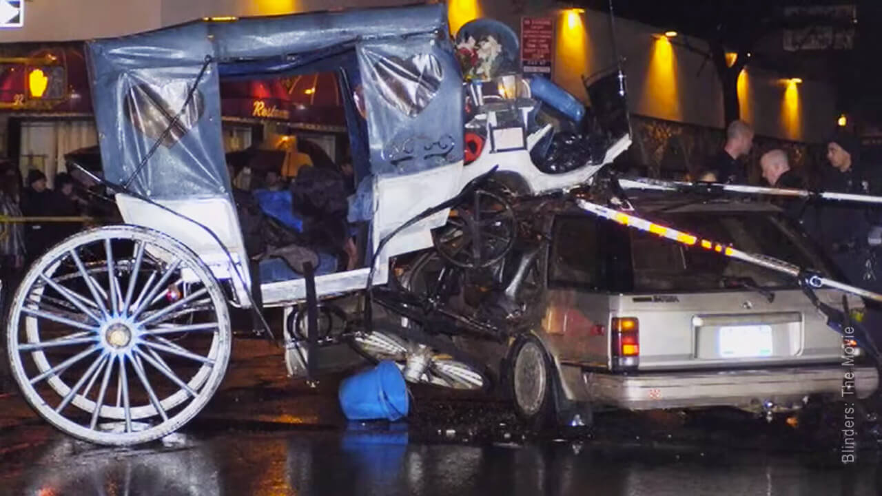 9 photos that will make you never ride in a horse drawn for Car carriage