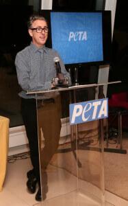 Alan speaks at the 2013 New York Fundraiser
