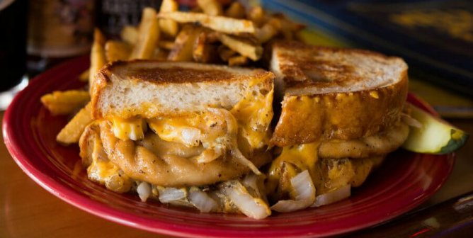 Top 5 Vegan Grilled Cheese Sandwiches