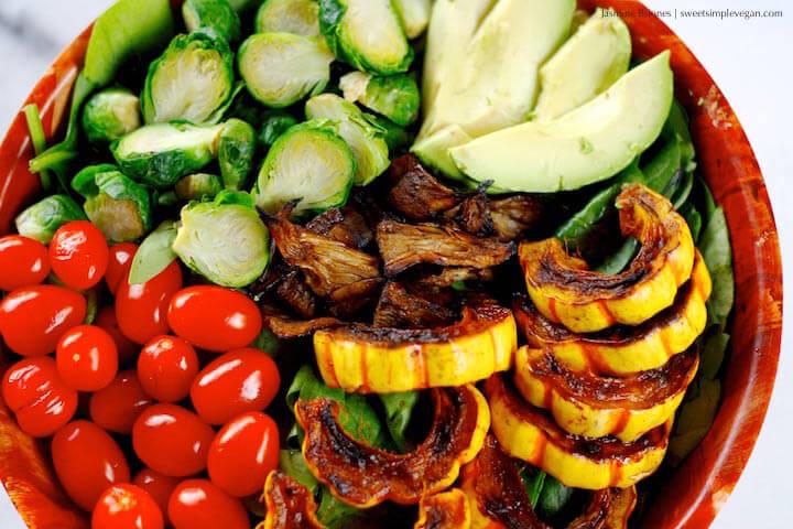 1Cinnamon-Maple-Delicata-Squash-Salad-w-Vegan-Jackfruit-Bacon