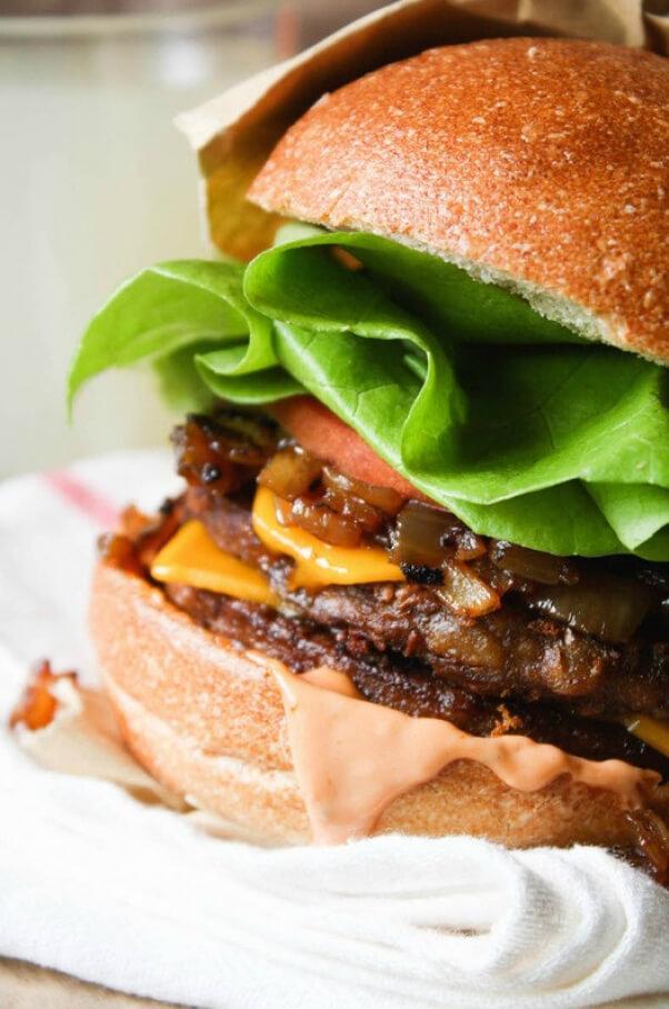 Fettle vegan veggie burger