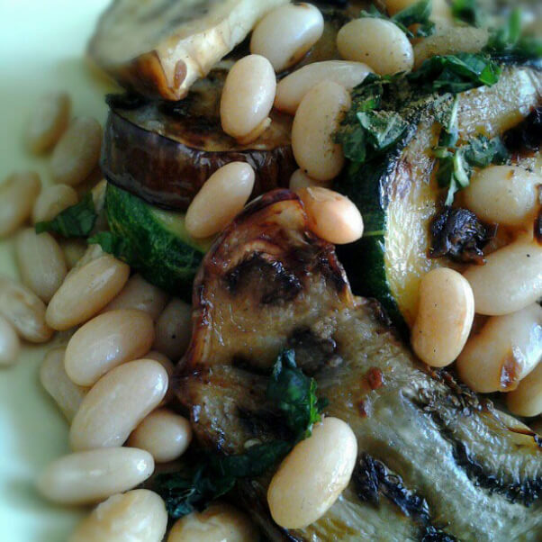 White Beans and Grilled Veggies - Vegan Source of calciu
