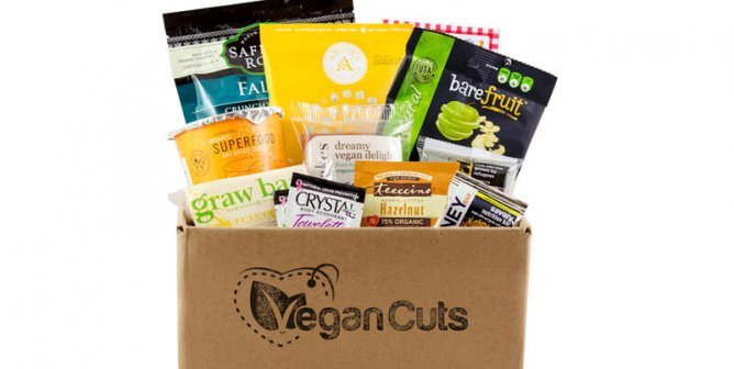 Snack Box Subscriptions With Delicious Vegan Options