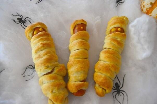 Halloween Recipe Mummies