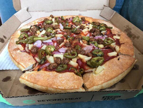 What S Vegan At Pizza Hut November 2020 Peta