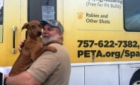 A Record-Setting Year for PETA's Mobile Spay/Neuter Clinics!