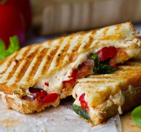 Daiya large cheese sandwich