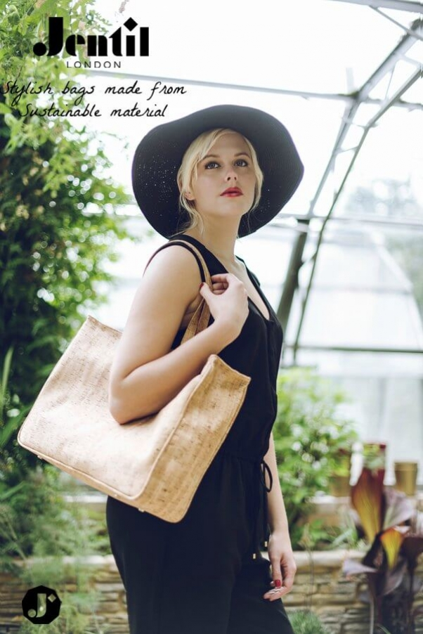 Tote2_N_Jentil_Outdoor_Light+copy