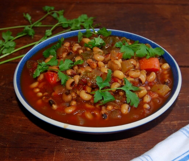 slow-cooker-black-eyed-peas-stew-