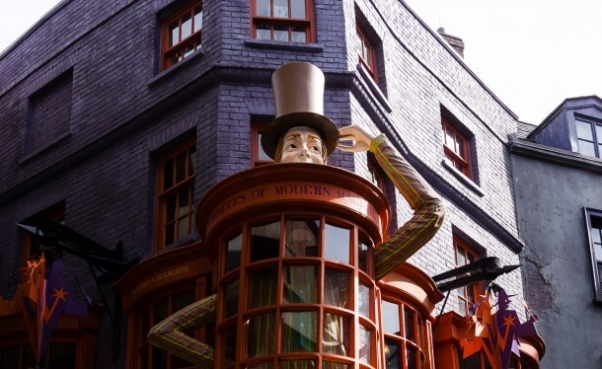 Weasleys universal studios florida harry potter