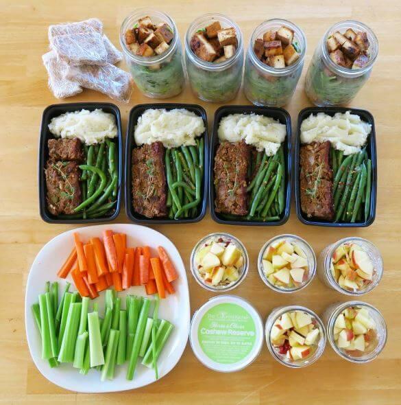 Save Time and Money With a Vegan Meal Plan | PETA