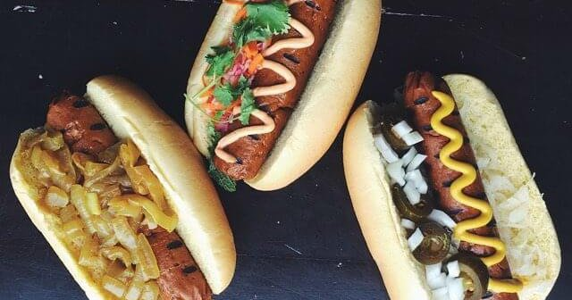 This Vegan Hot-Dog Stand Is Winning Over Meat-Eaters in Omaha