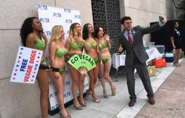 Lettuce Ladies Congressional hot dog giveaway 2016