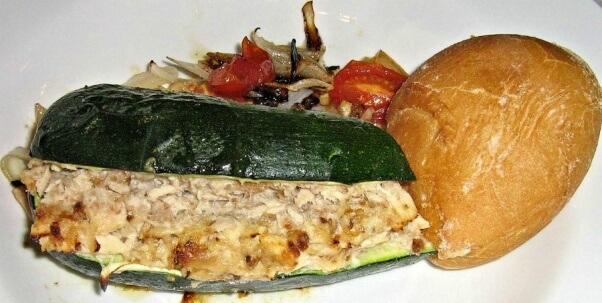 tuna-stuffed-zucchini