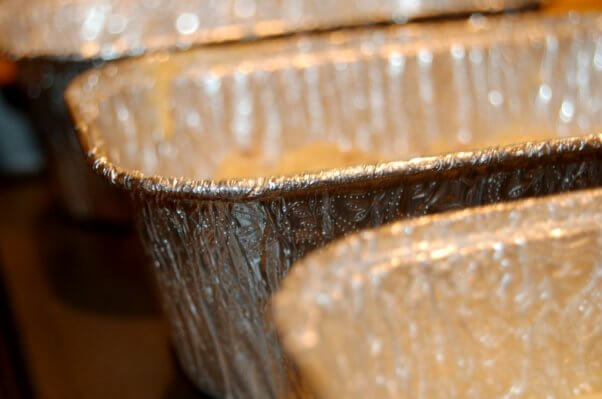 disposable loaf baking tin