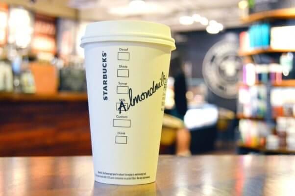 Starbucks Almondmilk