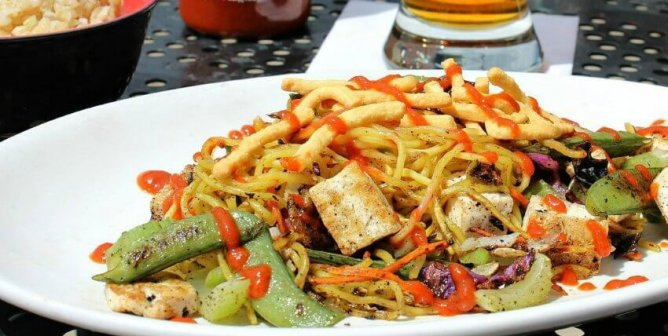 The Best Vegan Dish to Order at bd's Mongolian Grill