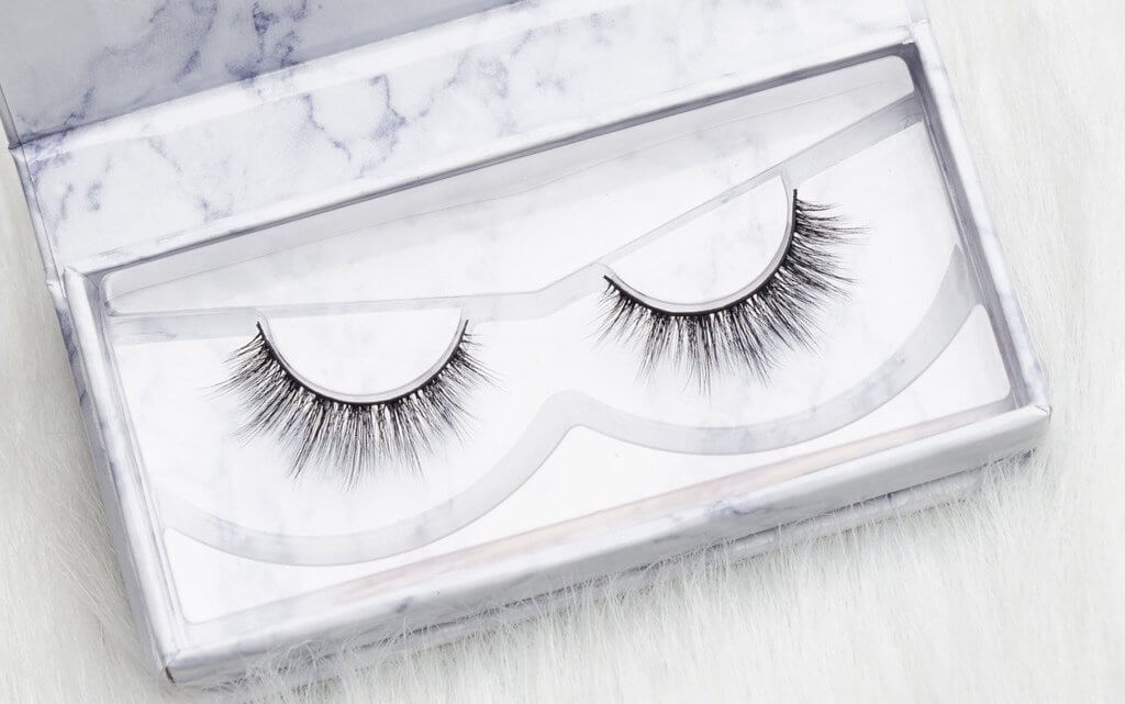 25dba05548d Cruelty-Free False Lashes Guide From Popular Brands