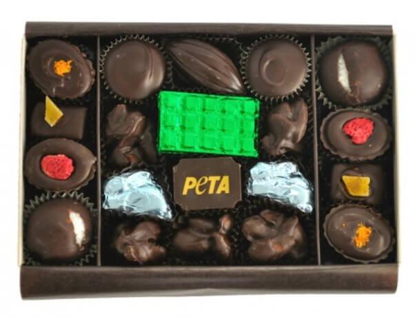 2016-holiday-chocolates-open_web