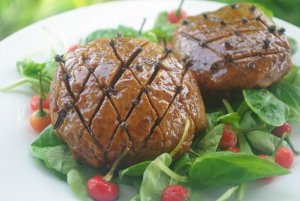 6 Vegan Ham Recipes to Bring Compassion to Your Holiday Table