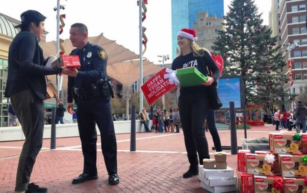 Fort Worth police and PETA give away free Tofurky roasts