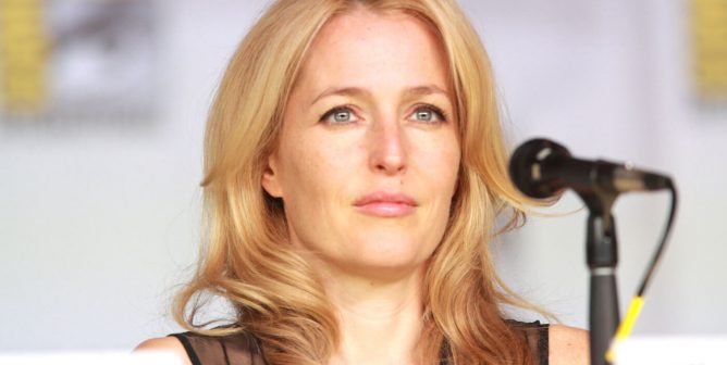 Gillian Anderson to Justin Trudeau: End the Commercial Seal Slaughter