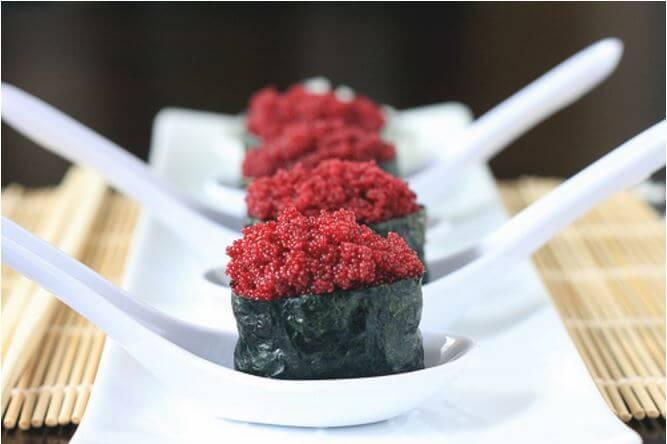 vegan caviar, vegan roe, vegan sushi